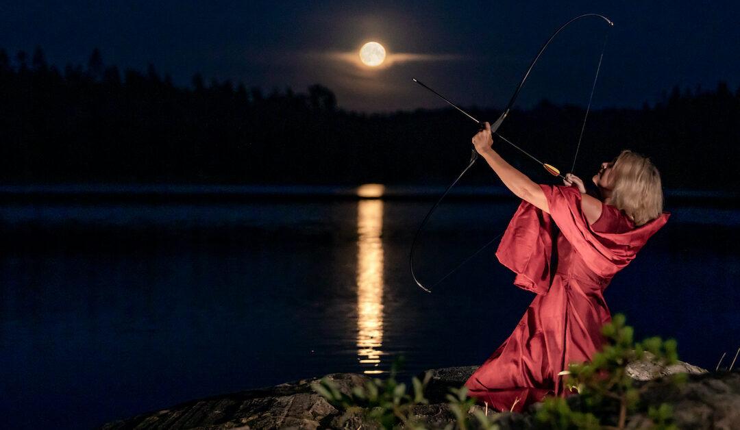 Porträtt i fullmåne